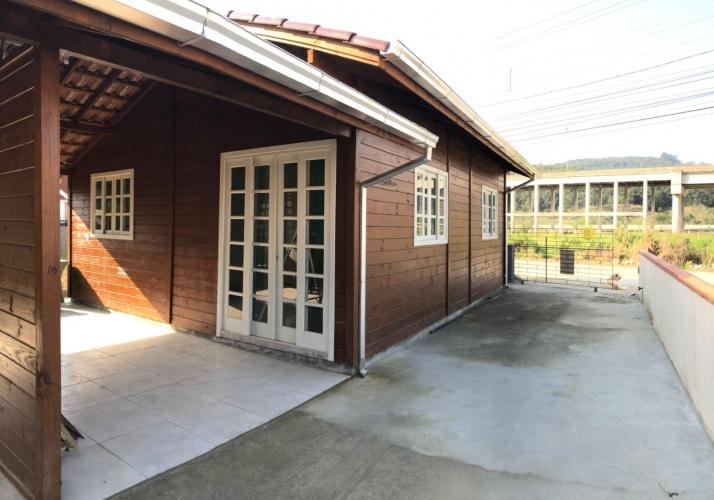 Casa no bairro Alto Forquilhas em São José