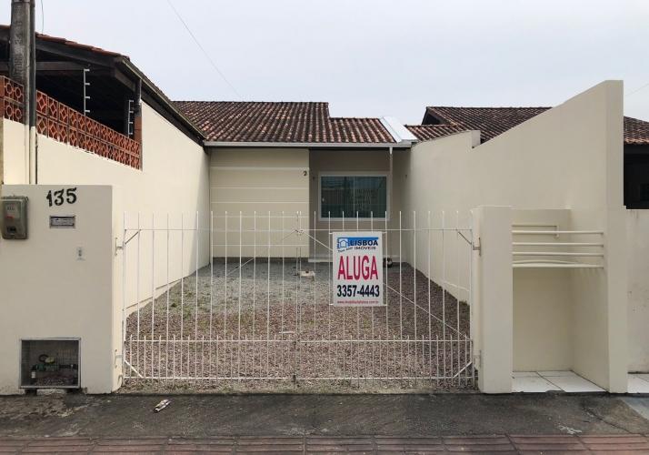 Casa Geminada no bairro Forquilhas em São José