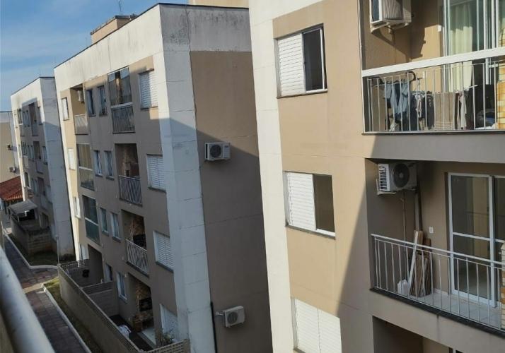 Apartamento com 03 dormitórios em Serraria São José-SC
