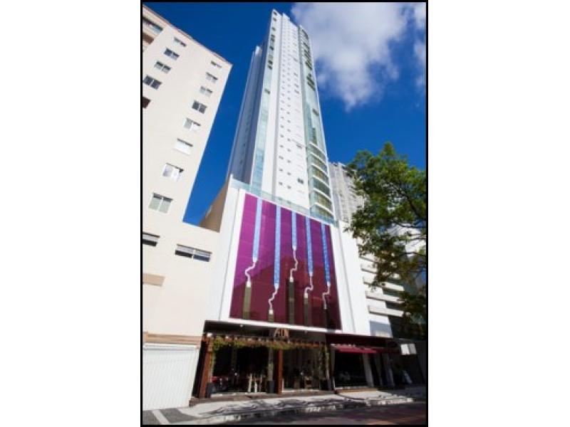 1051-Apartamento-Centro-Balneario-Camboriu-Santa-Catarina
