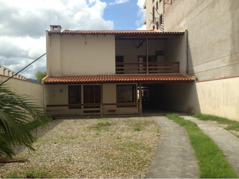 1681-Casa-Sao-Luiz-Brusque-Santa-Catarina