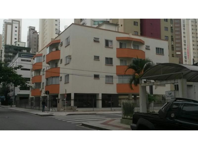1881-Apartamento-Centro-Balneario-Camboriu-Santa-Catarina