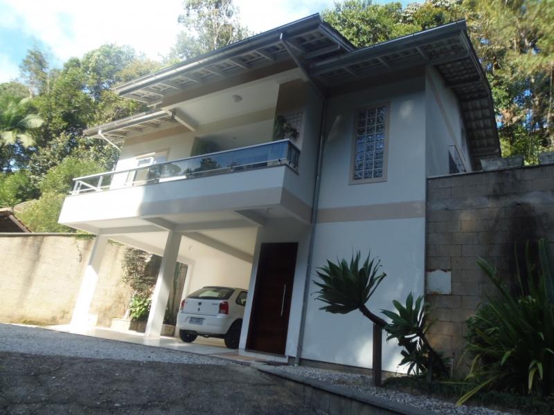 2112-Casa-Azambuja-Brusque-Santa-Catarina