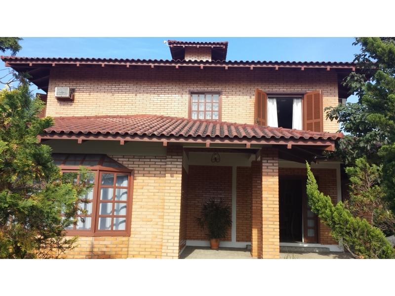 2118-Casa-Centro-Guabiruba-Santa-Catarina