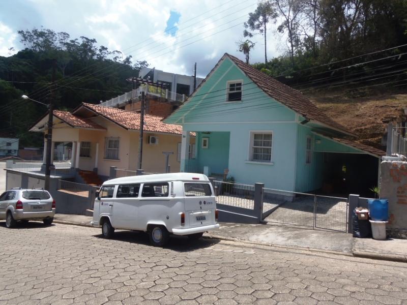 2225-Casa-Primeiro-de-Maio-Brusque-Santa-Catarina