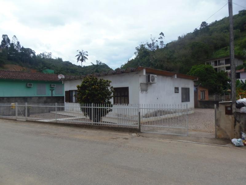 2229-Casa-Poco-Fundo-Brusque-Santa-Catarina