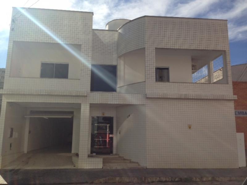 2264-Casa-Centro-Brusque-Santa-Catarina