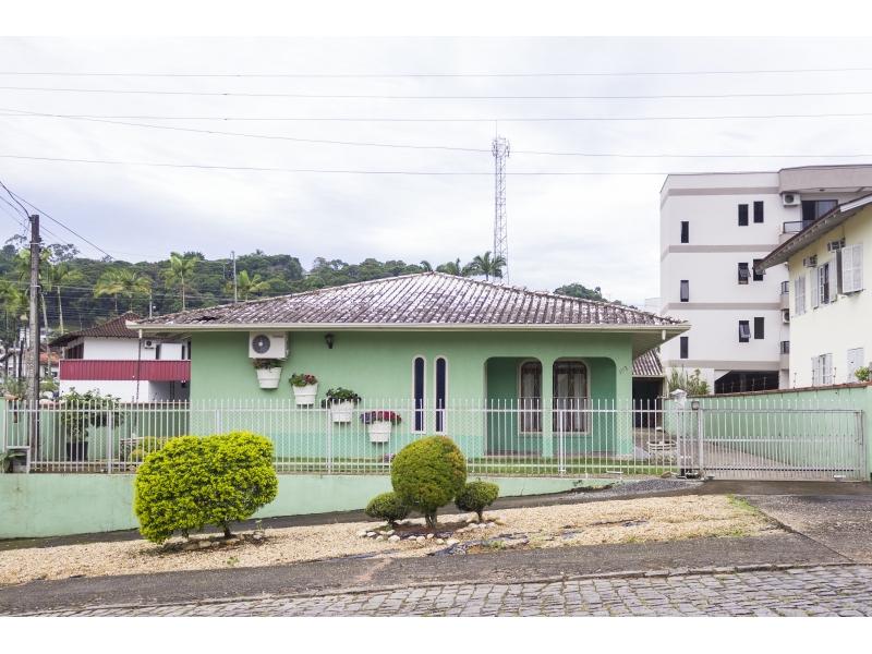 2283-Casa-Jardim-Maluche-Brusque-Santa-Catarina