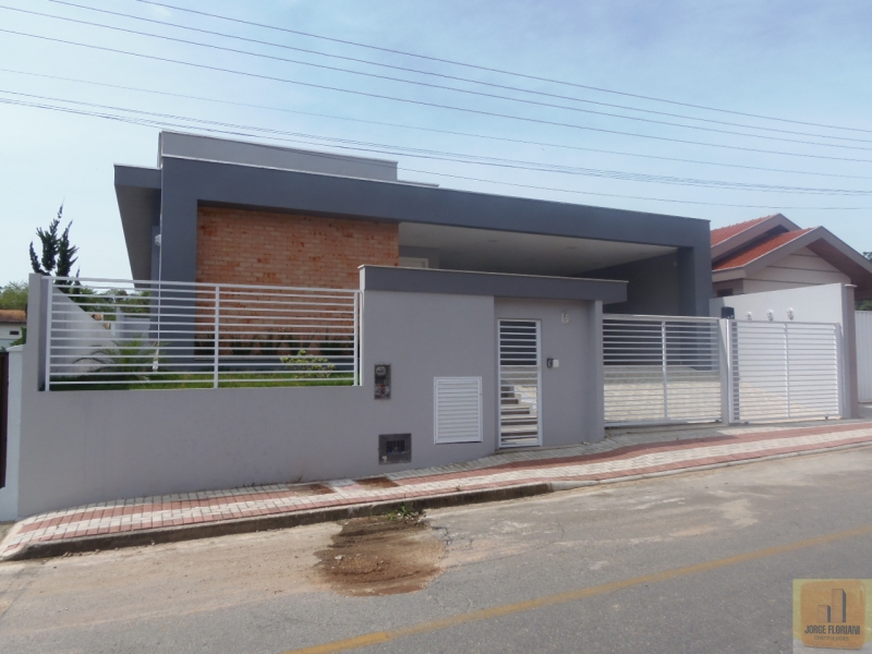 2365-Casa-Jardim-Maluche-Brusque-Santa-Catarina