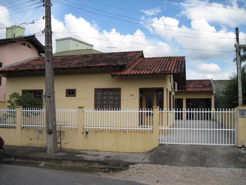 1165-Casa-Santa-Terezinha-Brusque-Santa-Catarina