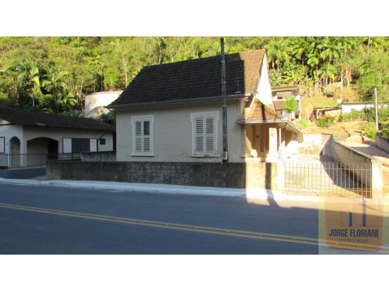 2548-Casa-Primeiro-de-Maio-Brusque-Santa-Catarina