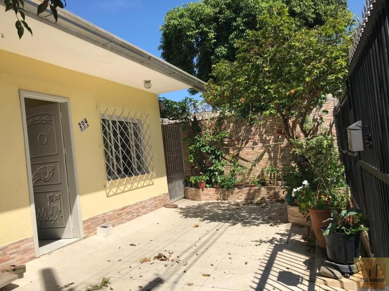 2593-Casa-Estados-Balneario-Camboriu-Santa-Catarina