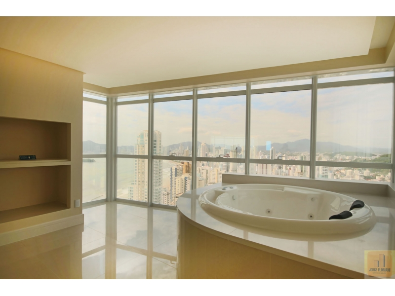 2606-Apartamento-Centro-Balneario-Camboriu-Santa-Catarina