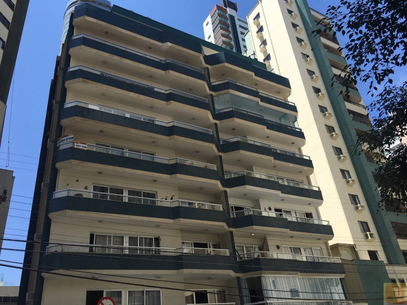 2633-Apartamento-QUADRA-MAR-Balneario-Camboriu-Santa-Catarina