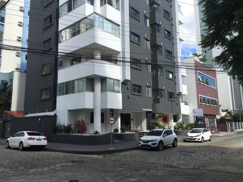2642-Apartamento-Centro-Balneario-Camboriu-Santa-Catarina