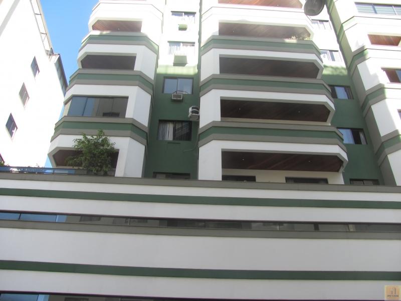 2472-Apartamento-Centro-Balneario-Camboriu-Santa-Catarina