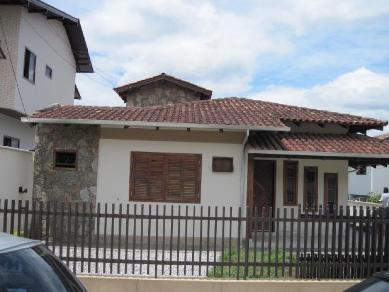1307-Casa-Jardim-Maluche-Brusque-Santa-Catarina-
